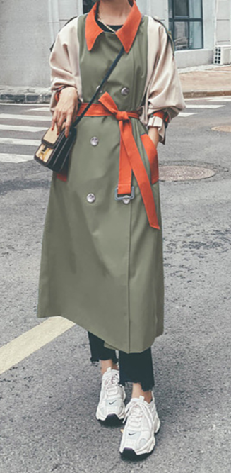 Women's Lapel Collar Trench Coat Embellished With Belt
